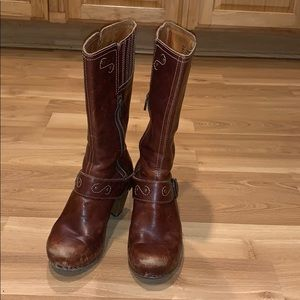 Dansko brown leather boots size 37/7